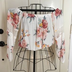Off the shoulder cropped floral blouse size Small